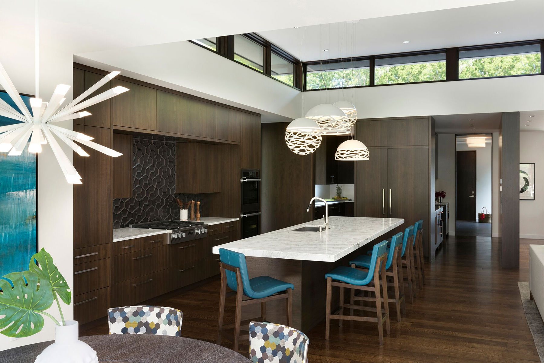 Lucy Interior Design, Sunfish Lake Modern